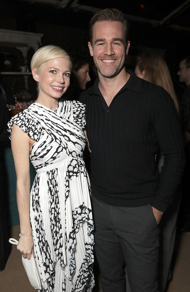 rs_668x1024-161204132758-634-michelle-williams-james-van-der-beek-manchester-by-the-sea-los-angeles-kg-120416