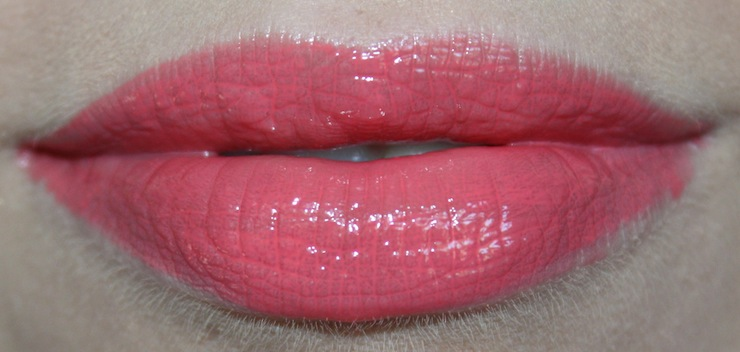 review pupa glossy lips