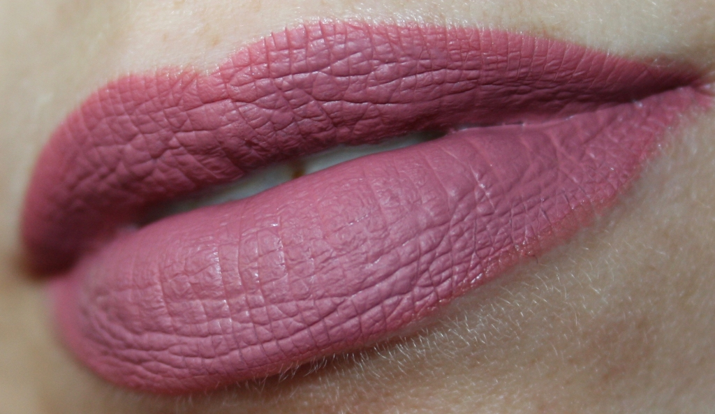 Kylie Jenner Lip Kit posie k swatches