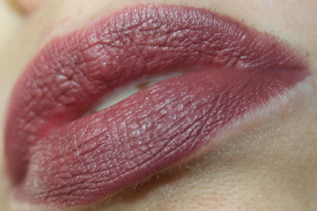 Kiko Velvet Passion Chocolate n. 319