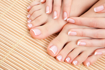 french-manicure-1