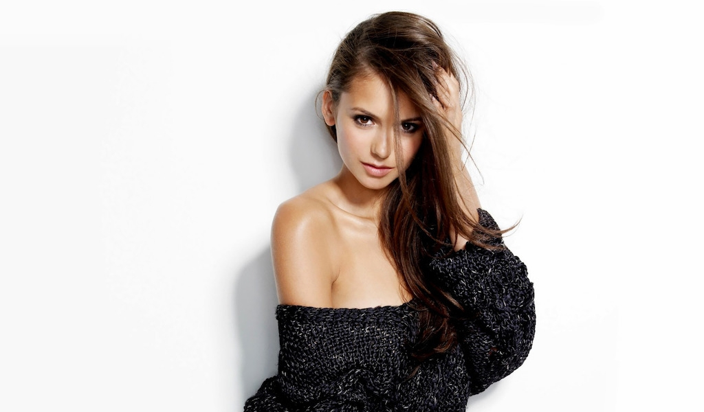 nina-dobrev-wallpaper-4