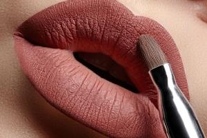 trucco-labbra-estate-2016-la-tecnica-del-lip-contouring