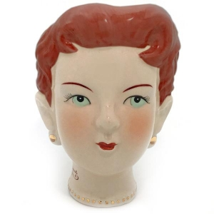 Besame Cosmetics, il vintage sbarca da Sephora