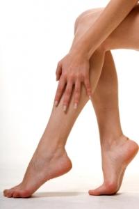 gambe_massaggio_piedi