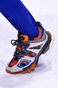 scarpe 16