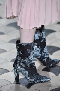 scarpe 24