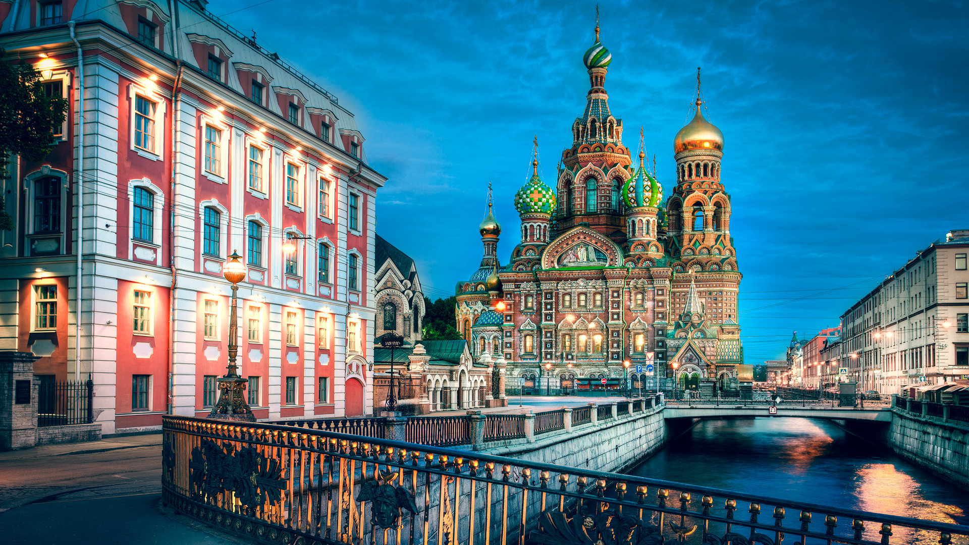 church-of-our-savior-on-the-spilled-blood-in-st-petersburg-hd-wallpaper-578074