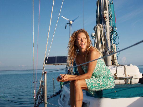 smile-boat-sunshine_85277_600x450