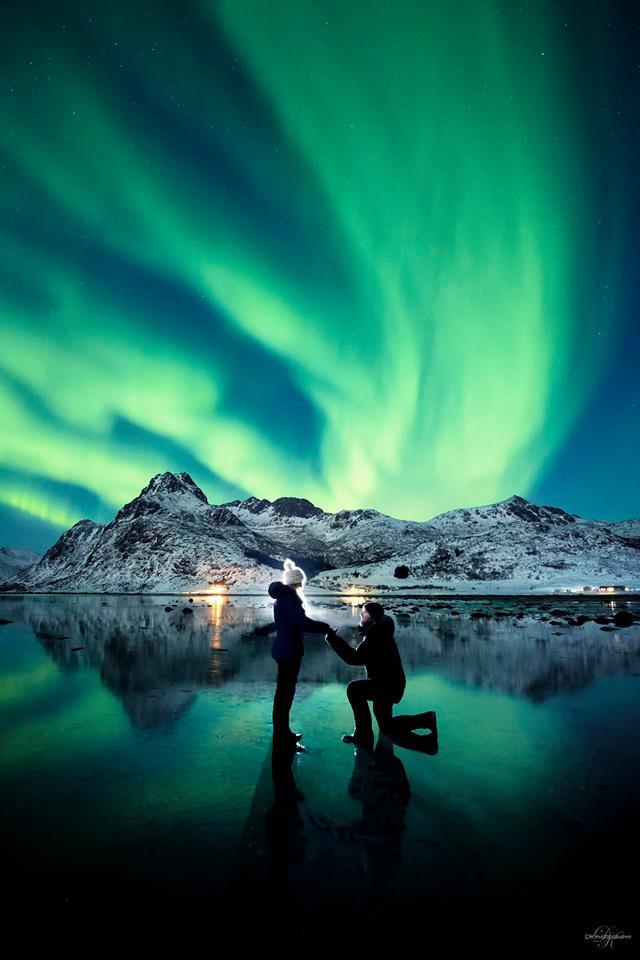 proposta di matrimonio aurora boreale