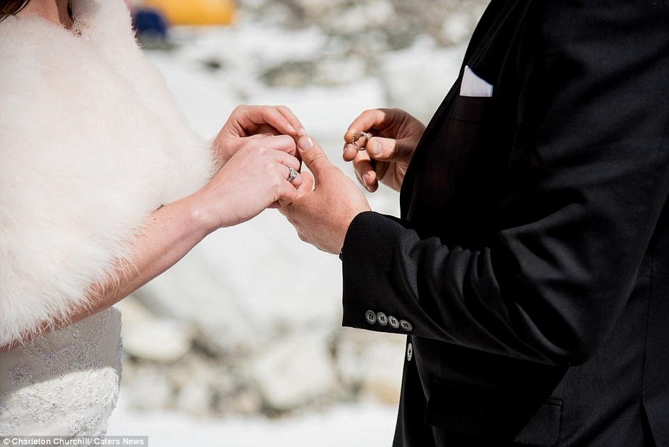 sposarsi sull'Everest