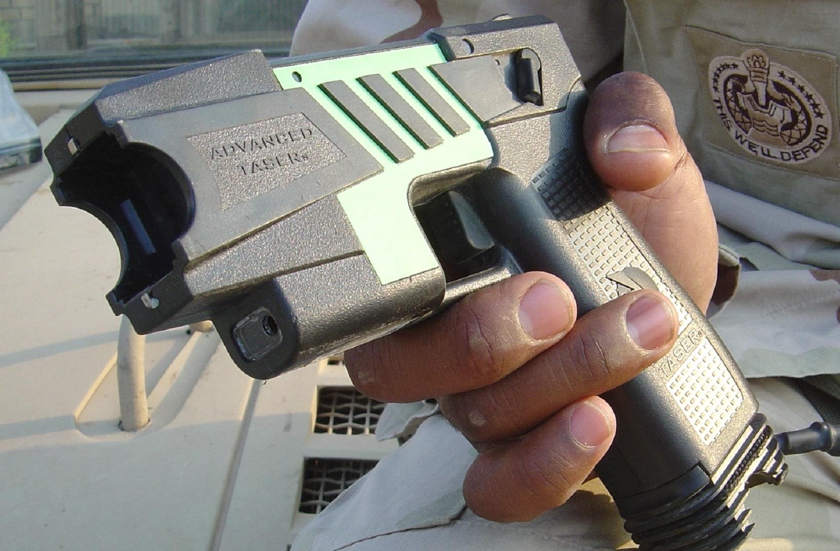 taser pistola elettrica