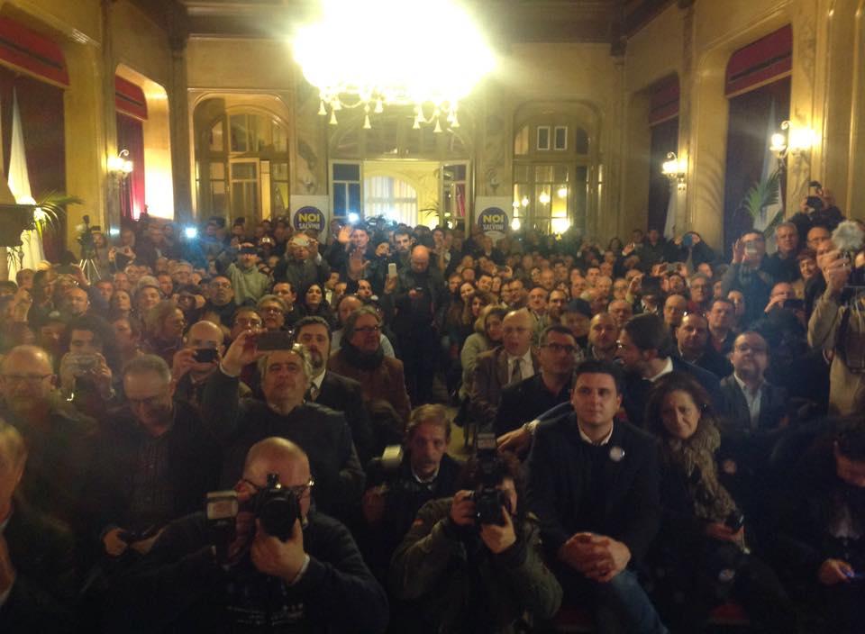 La sala gremita per l'incontro con Matteo Salvini a Palermo (fonte: Facebook.com)