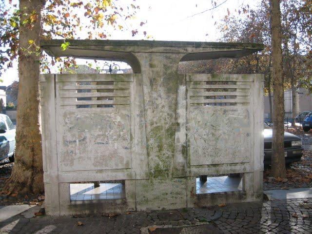 Roma negli ex bagni pubblici della garbatella nasce moby dick