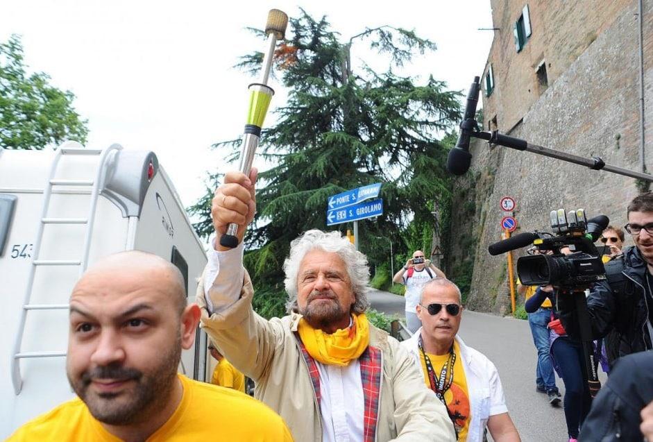 beppe grillo m5s francescano ville - 4