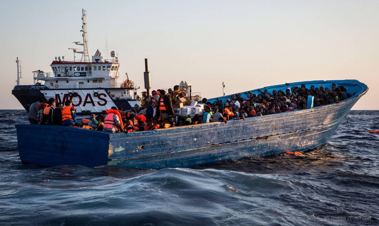 migranti ong porti blocco - 4