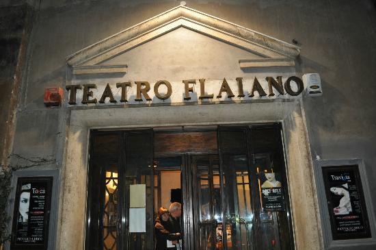 beppe grillo teatro flaiano
