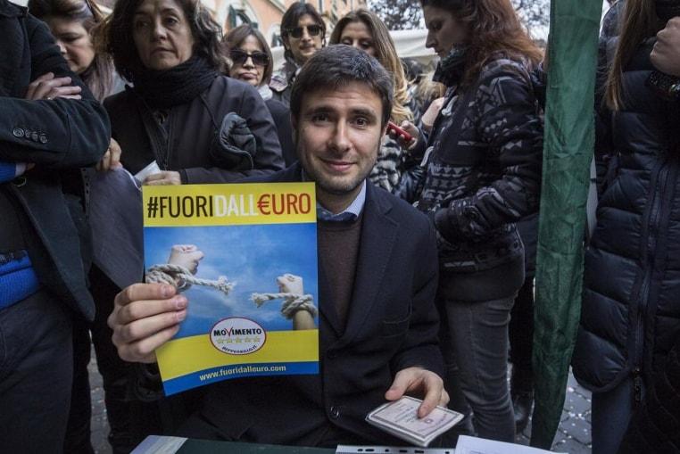 di maio referendum euro pistola puntata - 2