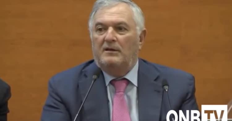Antonio Di Natale Biologo.Perche Molti Biologi Chiedono Le Dimissioni Di Vincenzo D Anna