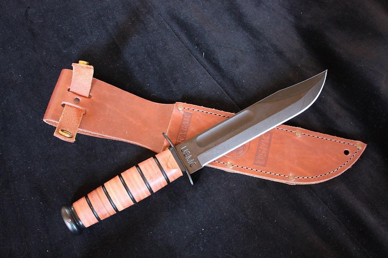 Trench knife Ka-Bar Camillus coltello mario rega cerciello 1