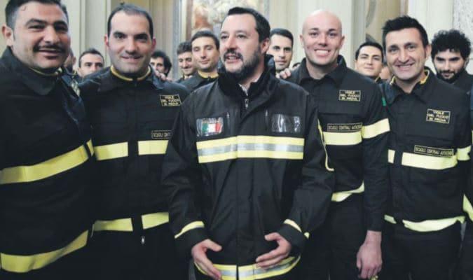 matteo salvini vigili del fuoco pompieri