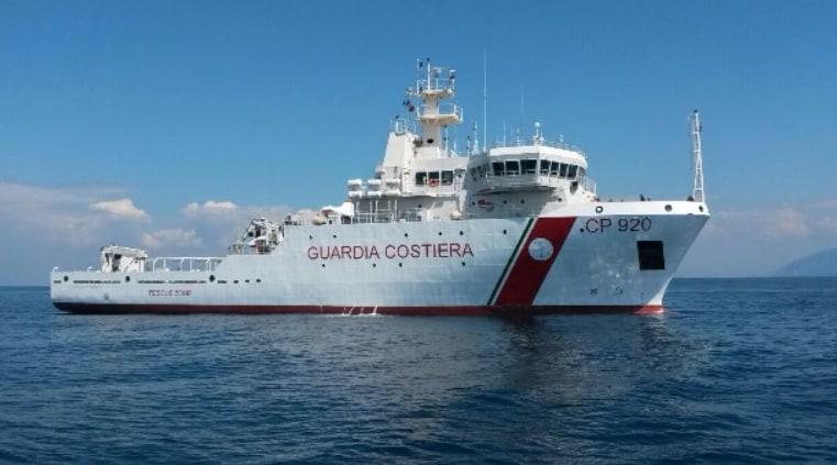 nave gregoretti salvini porto chiuso guardia costiera - 4