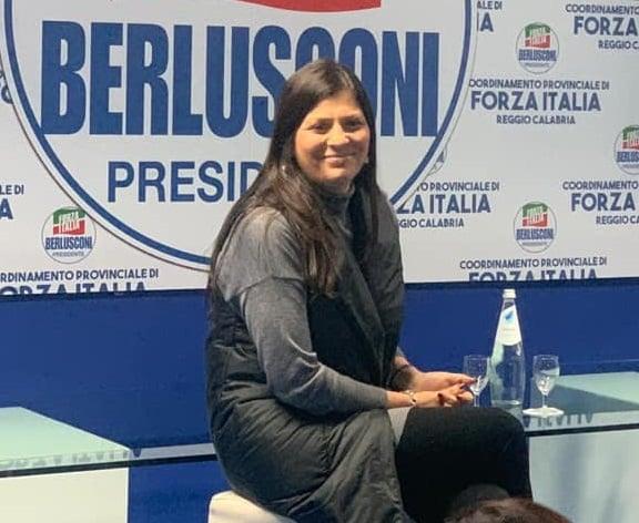 Jole Santelli: la presidente della Calabria nomina la cugina