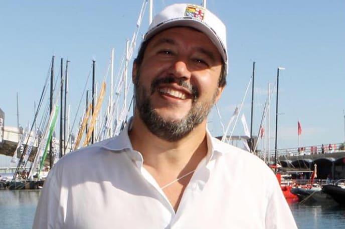 """Matteo Salvini """"convoca"""" gli italiani per il giorno del suo processo a Catania"""