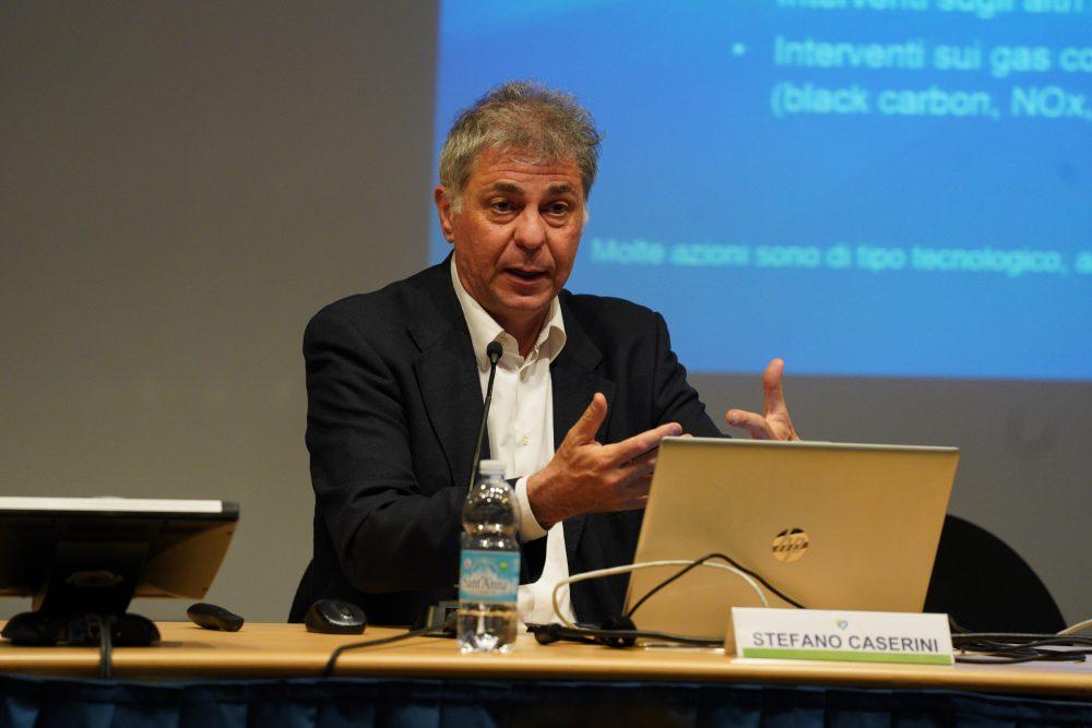 Stefano Caserini, climatologo, è consigliere comunale di minoranza a Lodi