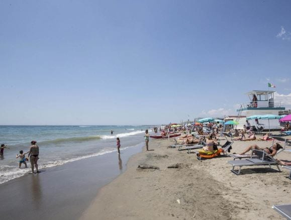 app spiagge libere roma