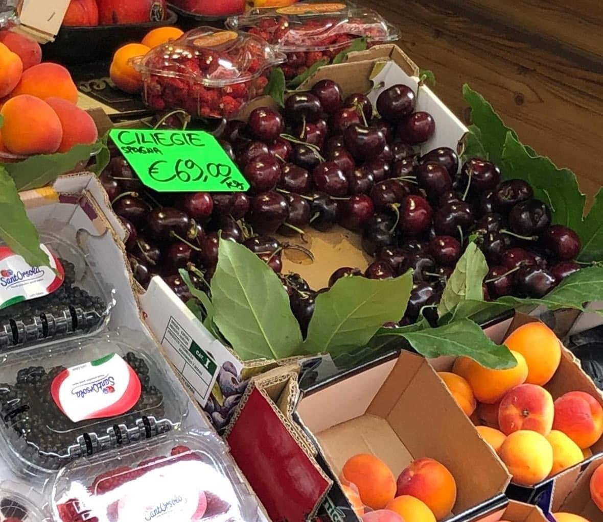 ciliege spagnole 69 euro kg