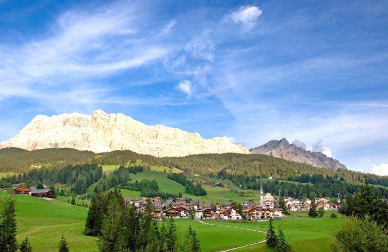 Alto Adige, viola la quarantena e costringe all'isolamento 40 persone