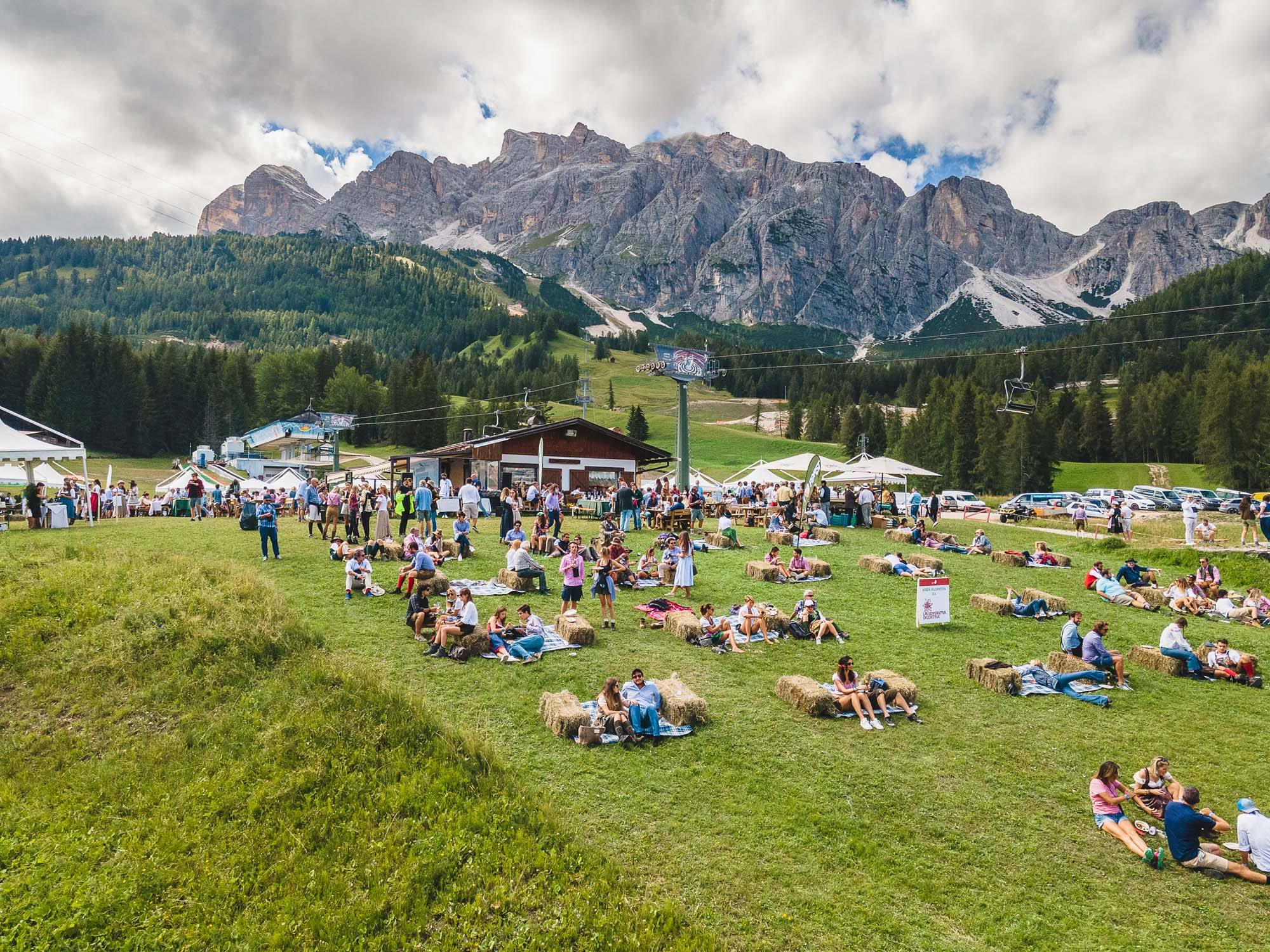 cortina summer party 2020 positivo tampone 500 persone