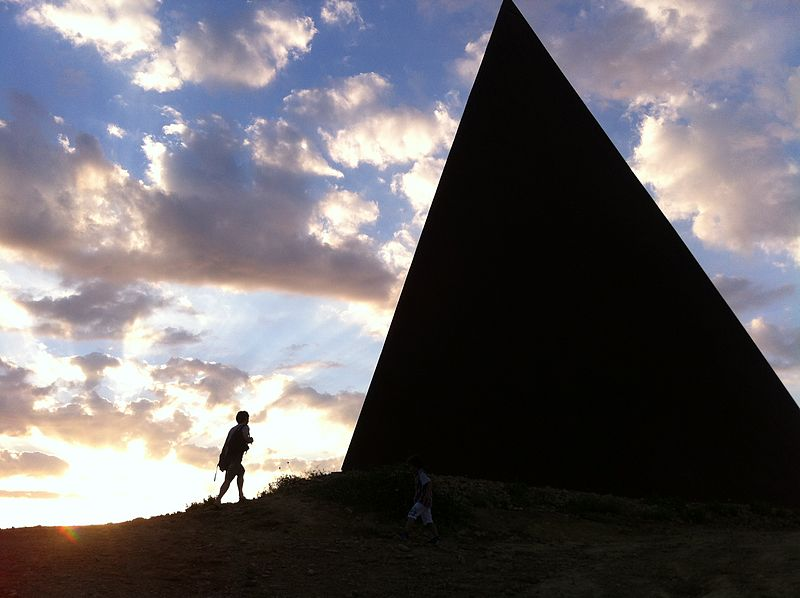 La scomparsa di Viviana Parisi e del piccolo Gioele e la storia della Piramide della Luce