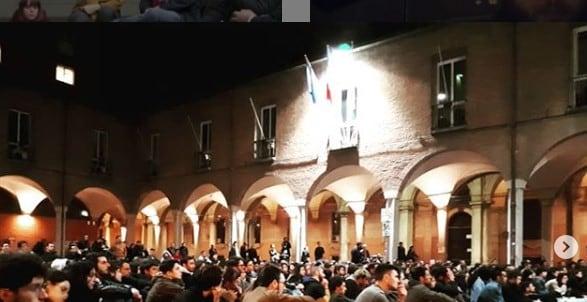 Il focolaio dopo la festa Erasmus: 10 studenti positivi a Bologna
