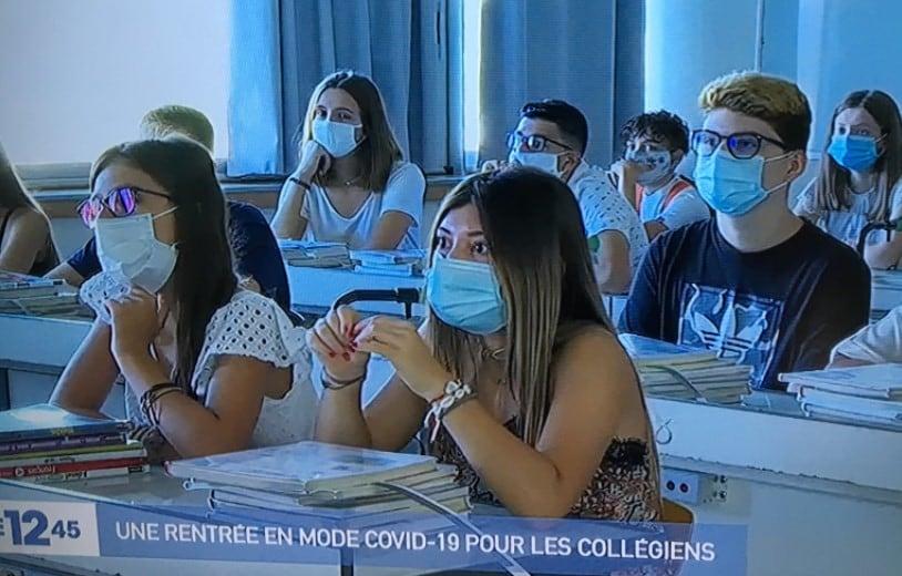 mascherine chirurgiche a scuola sospensione