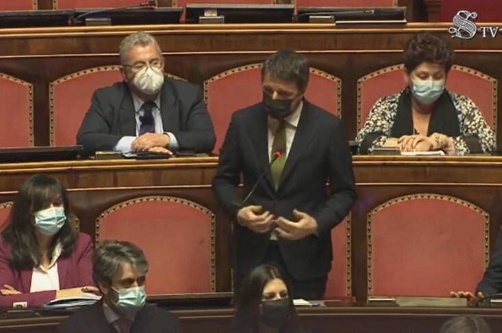 discorso di renzi astensione italia viva perché
