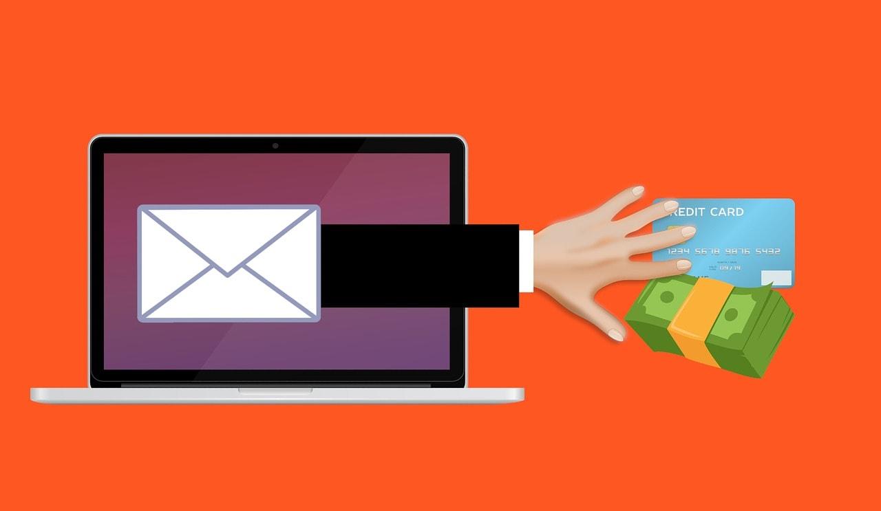 Shopping online in sicurezza: ecco come evitare le fregature