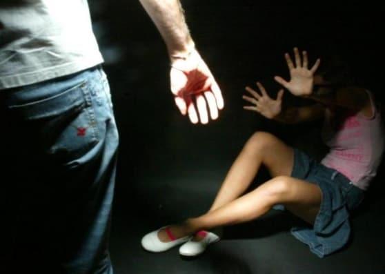 campobello di mazara stupro diciottenne festa