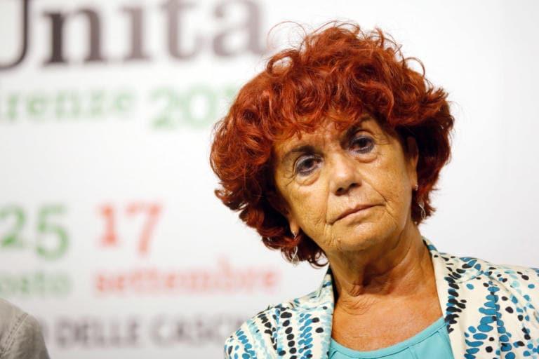Le lacrime di Valeria Fedeli dopo lo stop al ddl Zan | VIDEO