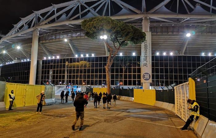 ingresso curva sud stadio olimpico roma