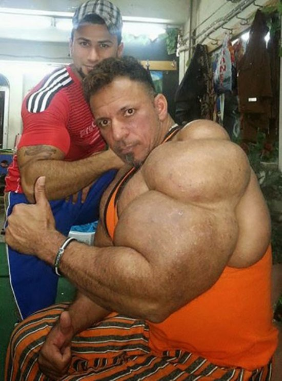 biggest muscles ever - 550×743