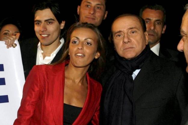 Addio Pascale, Berlusconi ufficializza la rottura con la napoletana