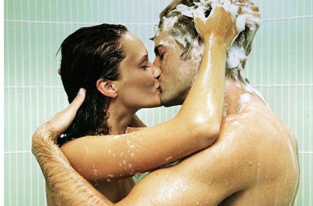 Sette cose da fare sotto la doccia insieme al proprio partner