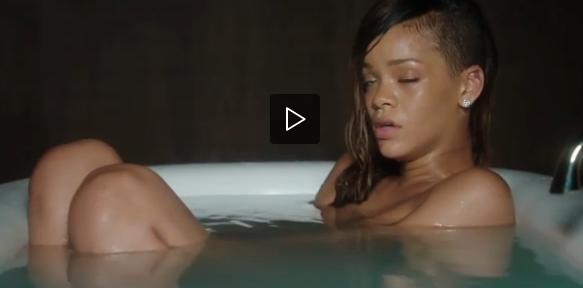 Il video di rihanna che fa una puzza nella vasca superstarz - Puzza di fogna in bagno ...