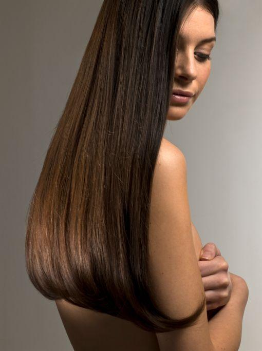 Le donne coi capelli lunghi – Tagli di capelli popolari in Europa b3c05e2e9ba9