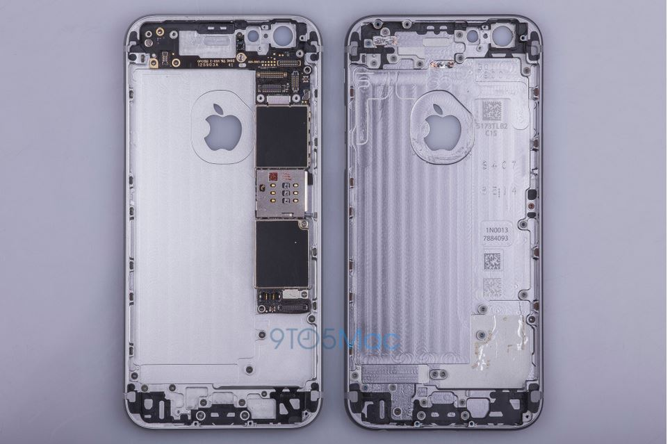 Una foto del nuovo iPhone secndo 9to5mac.com (fonte http://9to5mac.com/2015/06/30/revealed-iphone-6s-will-look-nearly-identical-outside-but-numerous-changes-inside-gallery/)
