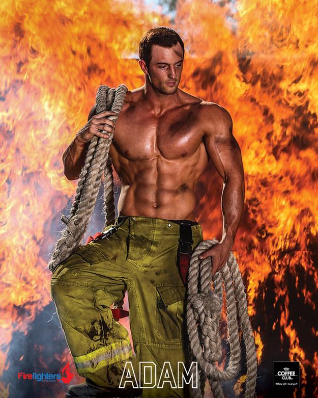 Calendario Pompieri.Il Calendario Hot Dei Sexy Pompieri Superstarz