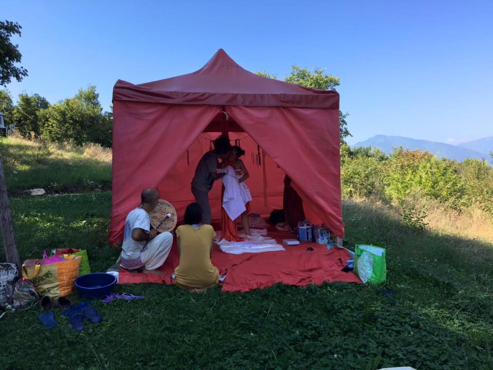 parto tenda rossa