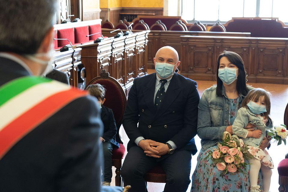medici si sposano parma coronavirus